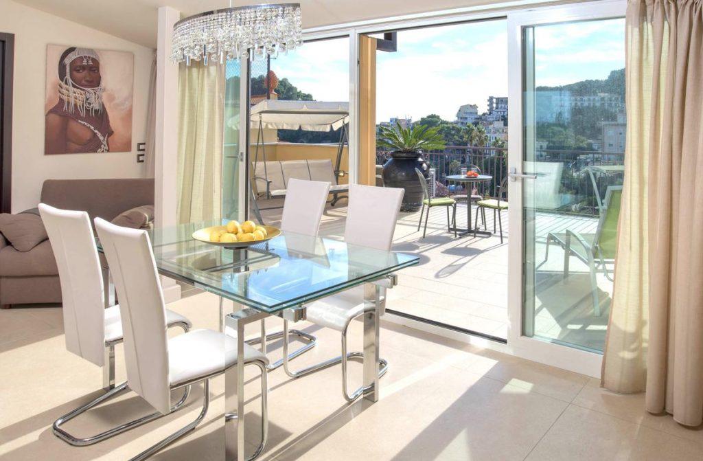 appartamento moderno con terrazza