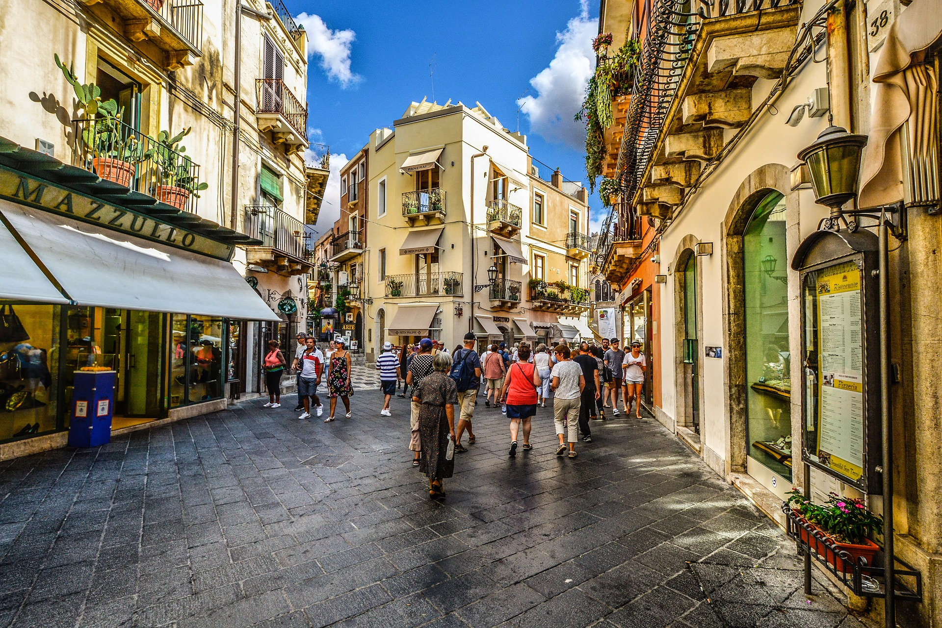 Corso Umberto a Taormina